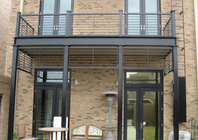 Garde corps pour rampe aluminium de balcon for Galerie de maison exterieur